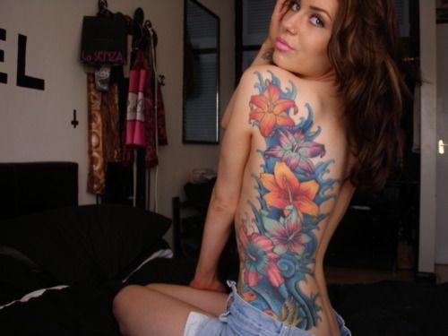 让人惊艳的性感美女纹身