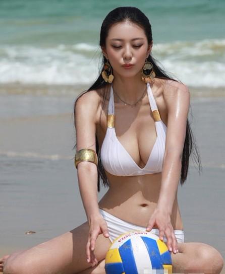 中国最完美身材美女黄金比例 艾尚真