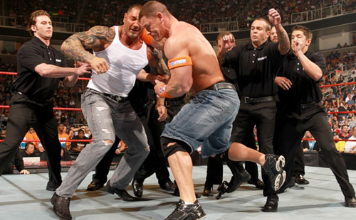 wwe约翰塞纳生活照 塞纳强势加入 wwe冠军腰带展开争夺的高清图片