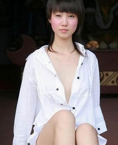 模特等领域的数位人气明星,最终敲定中国第一人体女模特——张筱雨