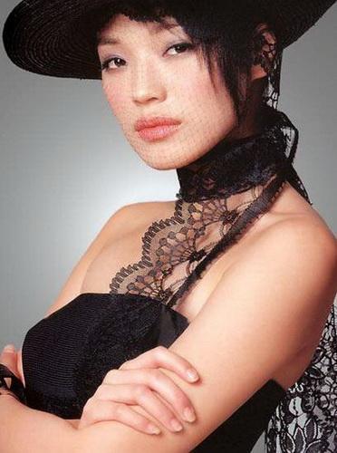 以拍三级片走红的香港女星