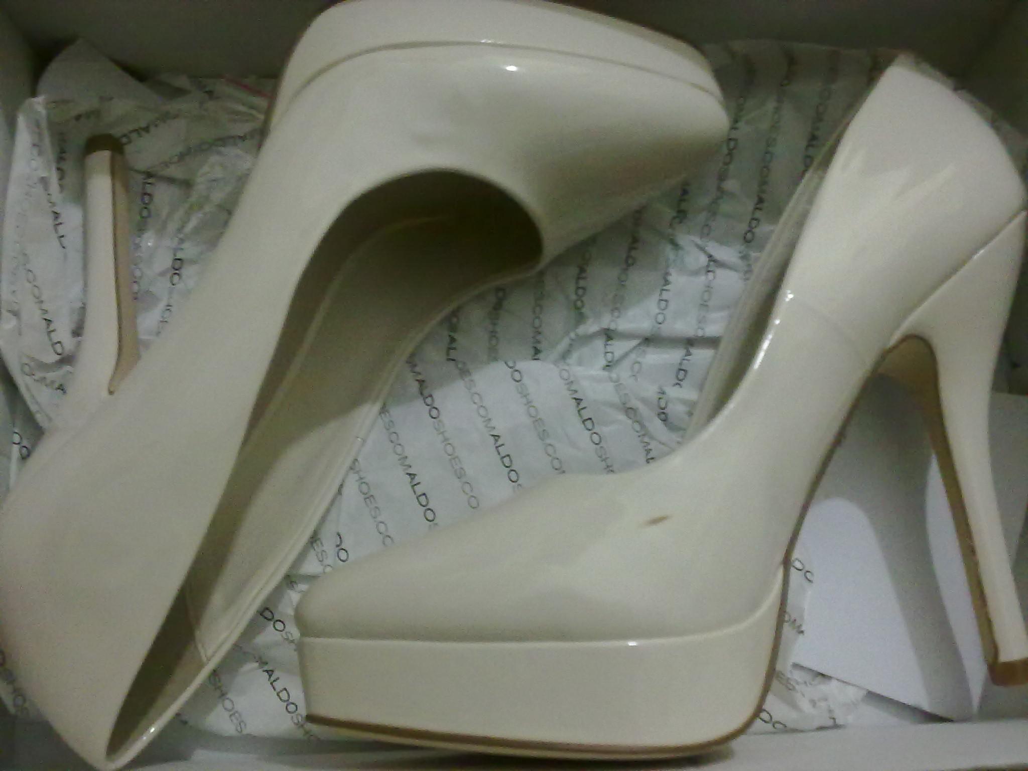 新买的高跟鞋脏了怎么办!