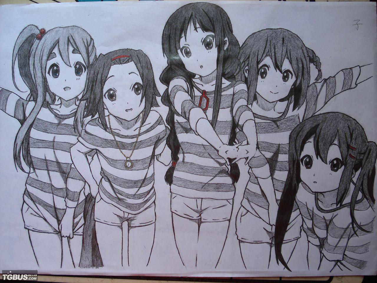 梓喵打酱油3; 要一张清音少女的五人图 最好是黑白的 可以画的 人物