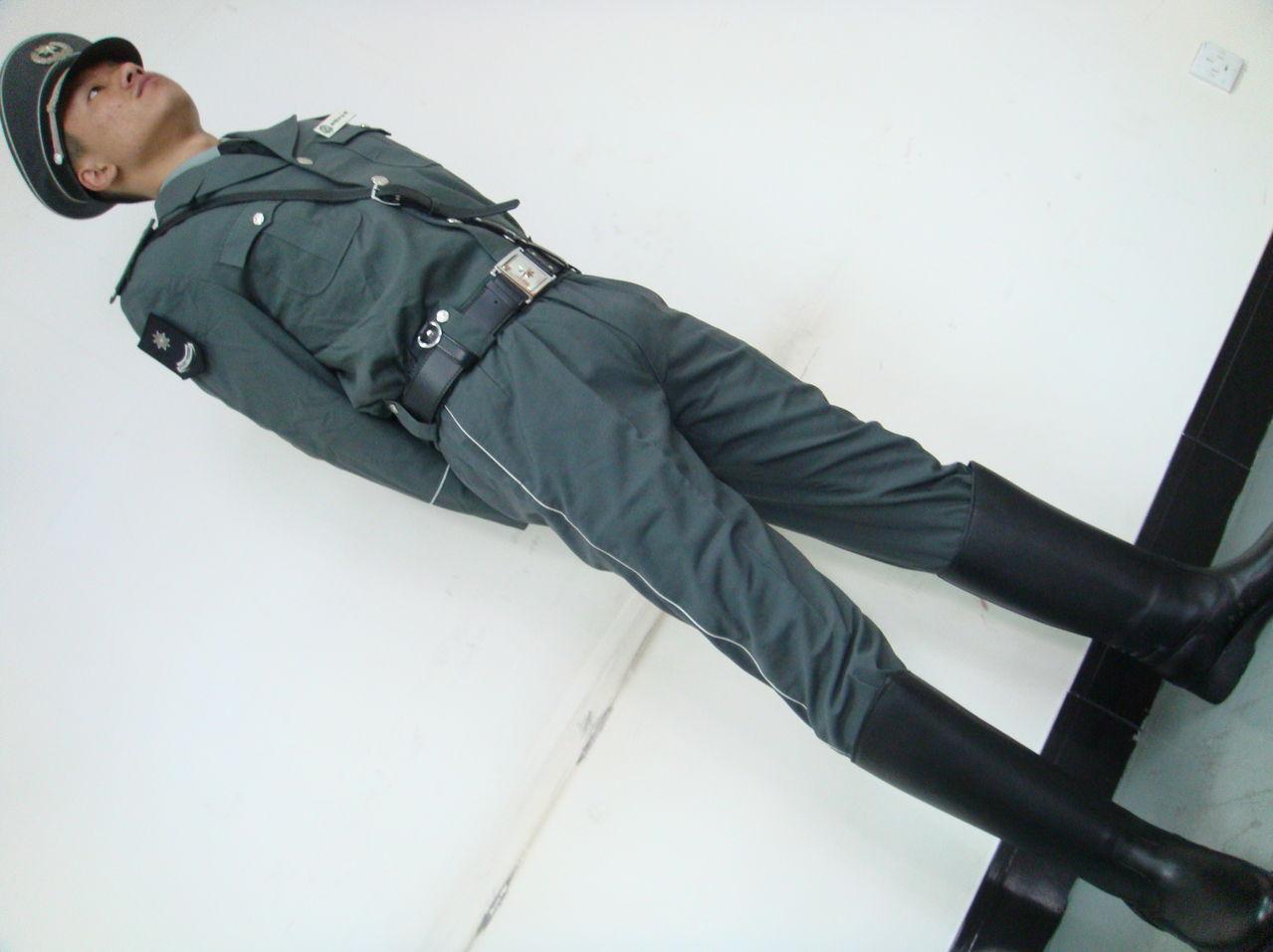 男人裤裆凸起图片博客_装帅哥裤裆凸起_裤子裤裆怎么改图解_裤裆泡_补裤裆_系统之家网