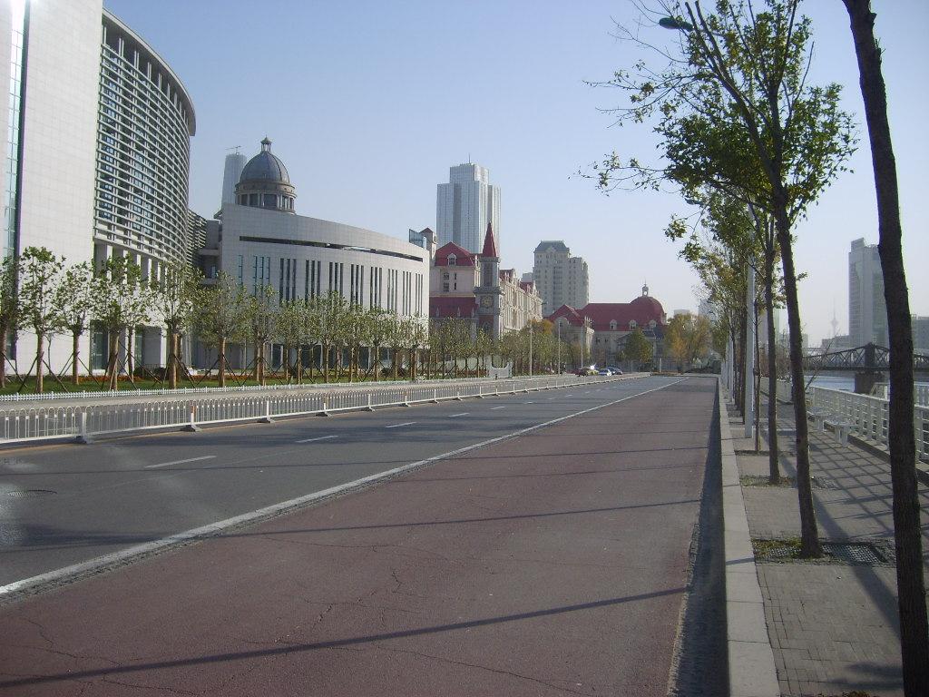 河北街景。_上海游客拍摄的有天津巴黎之称的河北区各主要街道秋日街景 ...