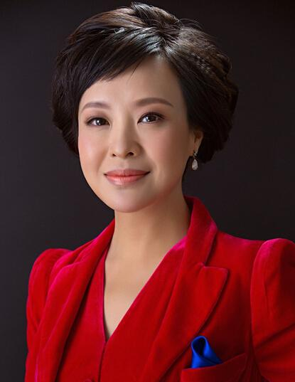月20日出生于四川省成都市,畢業于北京廣播學院播音系,中國內地主持人圖片
