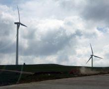 內蒙古草原上的風力發電機