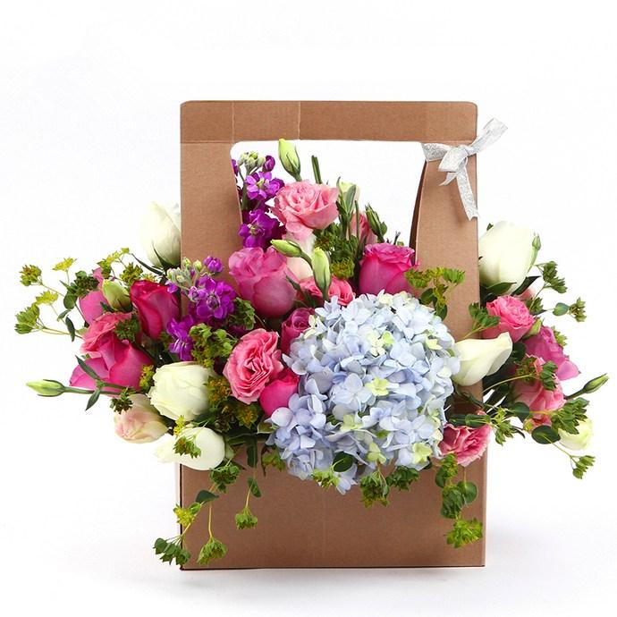 玫瑰礹c.??$9.?_c款 :韩式鲜花手礼 ,9枝桃粉色玫瑰混合型,定制款