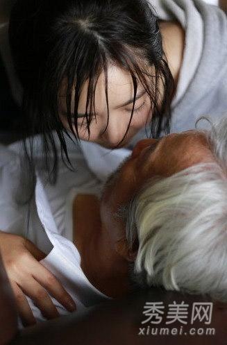 日本成人伦理片_裴涩琪出演韩国伦理片,26岁妙龄少女色诱75岁老人.