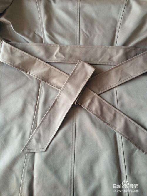 风衣腰带蝴蝶结打法_蝴蝶结的折法腰带的-最简单的蝴蝶结4步折法/腰带蝴蝶结的打法 ...