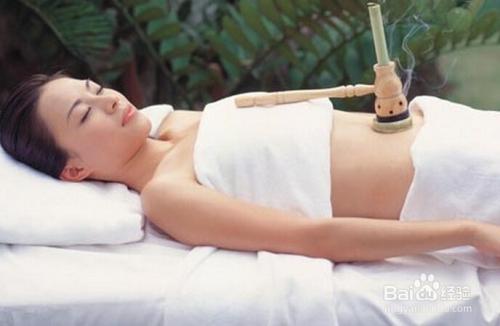 女子推油经历_食疗,按摩缓解女性痛经.