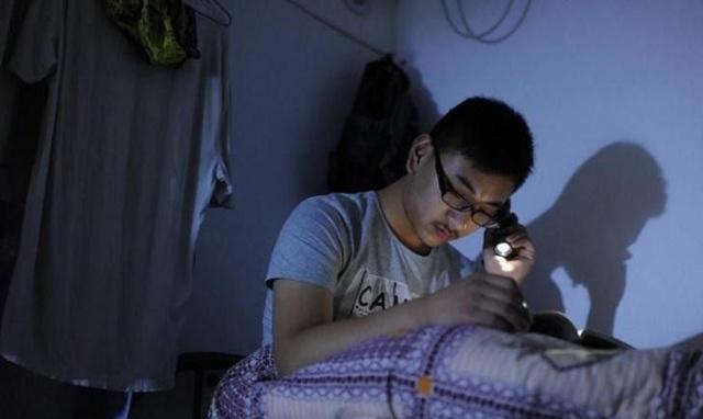 哥哥射电影网_普通 操嫩b电影网 强奸女的电影中国片摸岳母大逼玛雅网最新成人