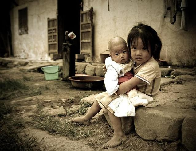 留守儿童存在的问题_留守儿童、老人及妇女,别让他们成为城镇化的牺牲品 -百家号