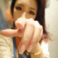 女人用手输液的图片_女生大头像,QQ会员的,越大越好,最好是用手指着镜头的,或者 ...