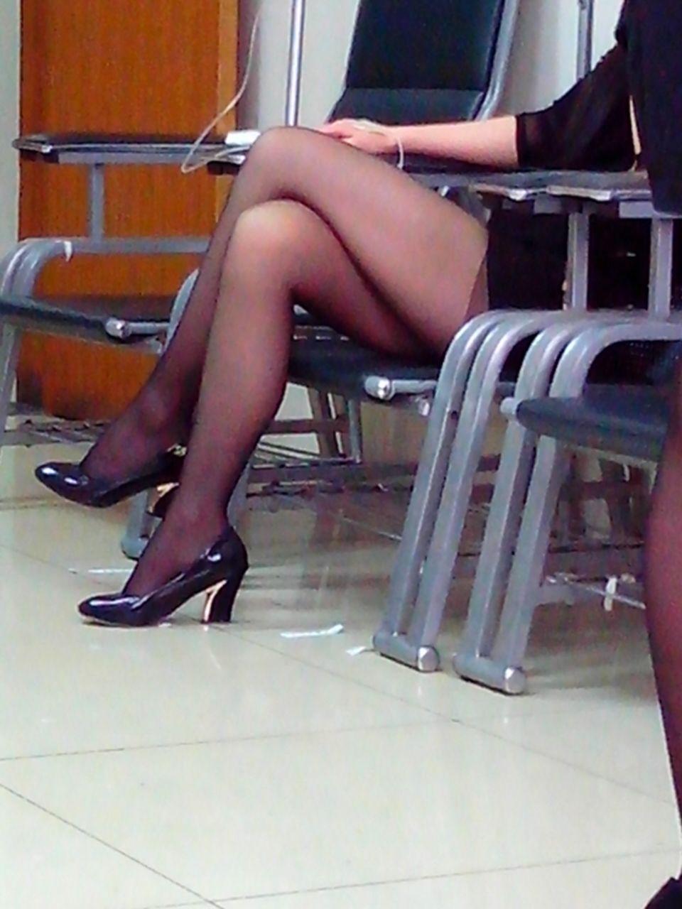 中文字幕老女人热爱_我对穿黑丝袜的没好感,我不知道其他人 追问: 腿还行,脸不行 老女人