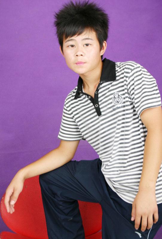 http://a.hiphotos.baidu.com/zhidao/pic/item/c83d70cf3bc79f3d50a2c95dbba1cd11728b291f.jpg_寻找ps大神帮我P点照片_百度知道