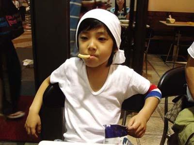 韩国综艺 小孩子_一个韩国的小孩,5.6岁_百度知道