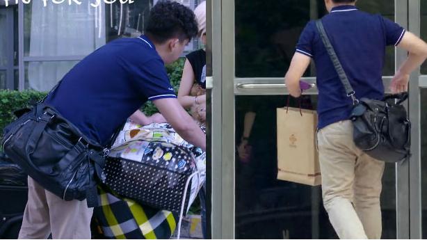 我爱男闺蜜7_我爱男闺蜜中方骏(黄磊)背的包什么牌子的阿?