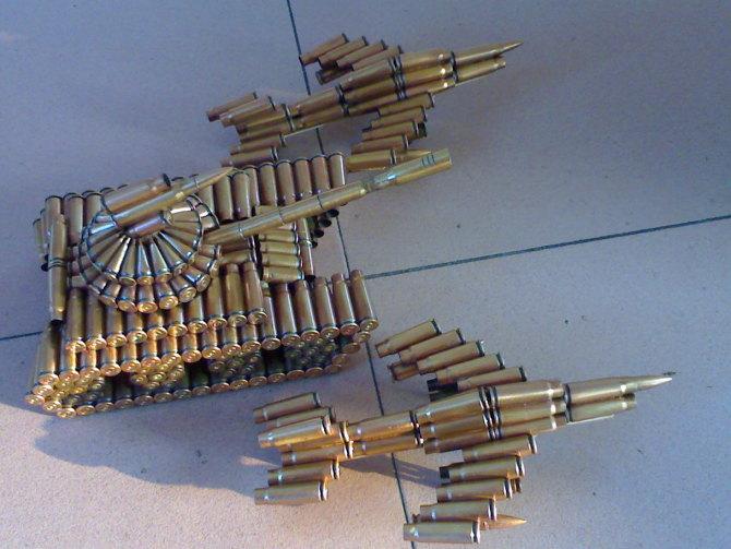 步枪弹壳工艺品图片_怎么做子弹壳工艺品_百度知道