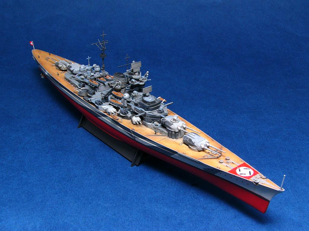 军舰模型上色_军舰 航母 模型做完喷漆_百度知道