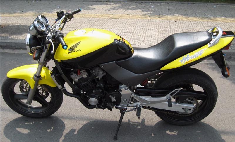 2013新款摩托车跑车_小黄蜂摩托跑车图片_百度知道