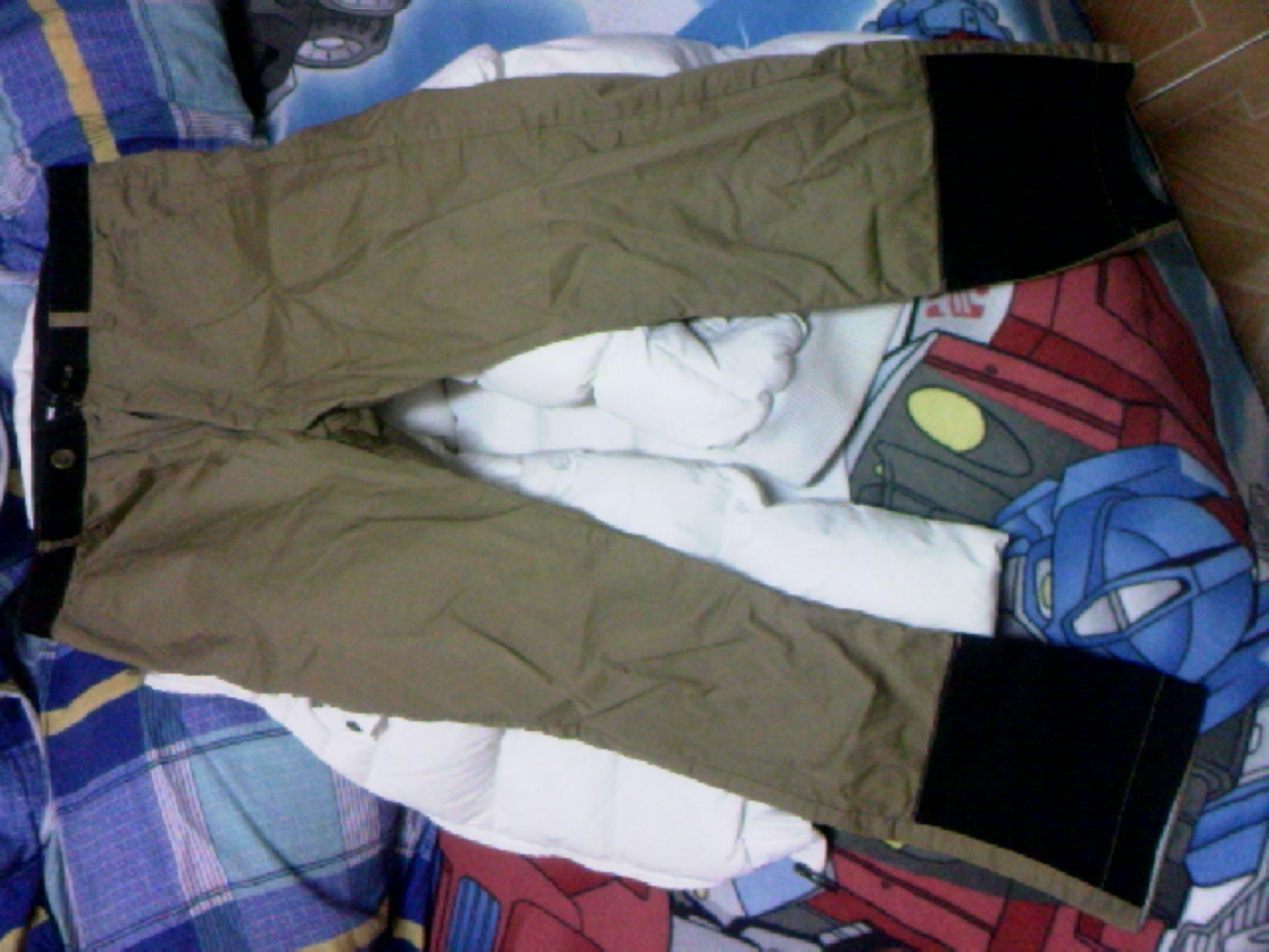 裤脚图片_深色卡其色的裤子配什么鞋子和上衣,附裤子图片,裤子有些 ...