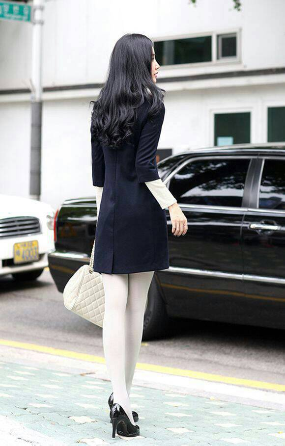 白色高跟鞋肉色丝袜_我特别喜欢穿纯白色的连裤袜,如果我穿黑色的高跟鞋不搭配 ...