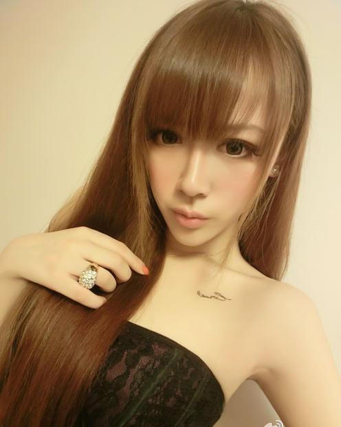 求视频美女qq_求几张美女的QQ真人秀素材图片.不要恩典。_百度知道