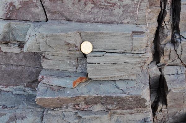 化施工与理_[转载]水平层理与平行层理区别(照片)-地质张中欣