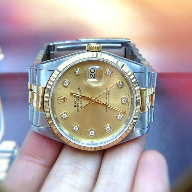 求鑒別 勞力士的手表 高清圖片