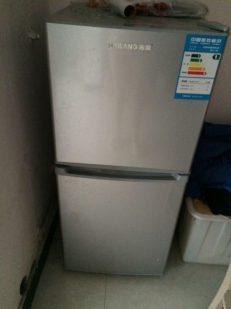 海浪冰箱售后服务_海浪的冰箱118升,用了一年,是双开门的,现在能卖多少钱?