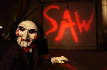 电锯惊魂小丑头像_跪求 电锯惊魂小丑头像 要高清的_百度知道
