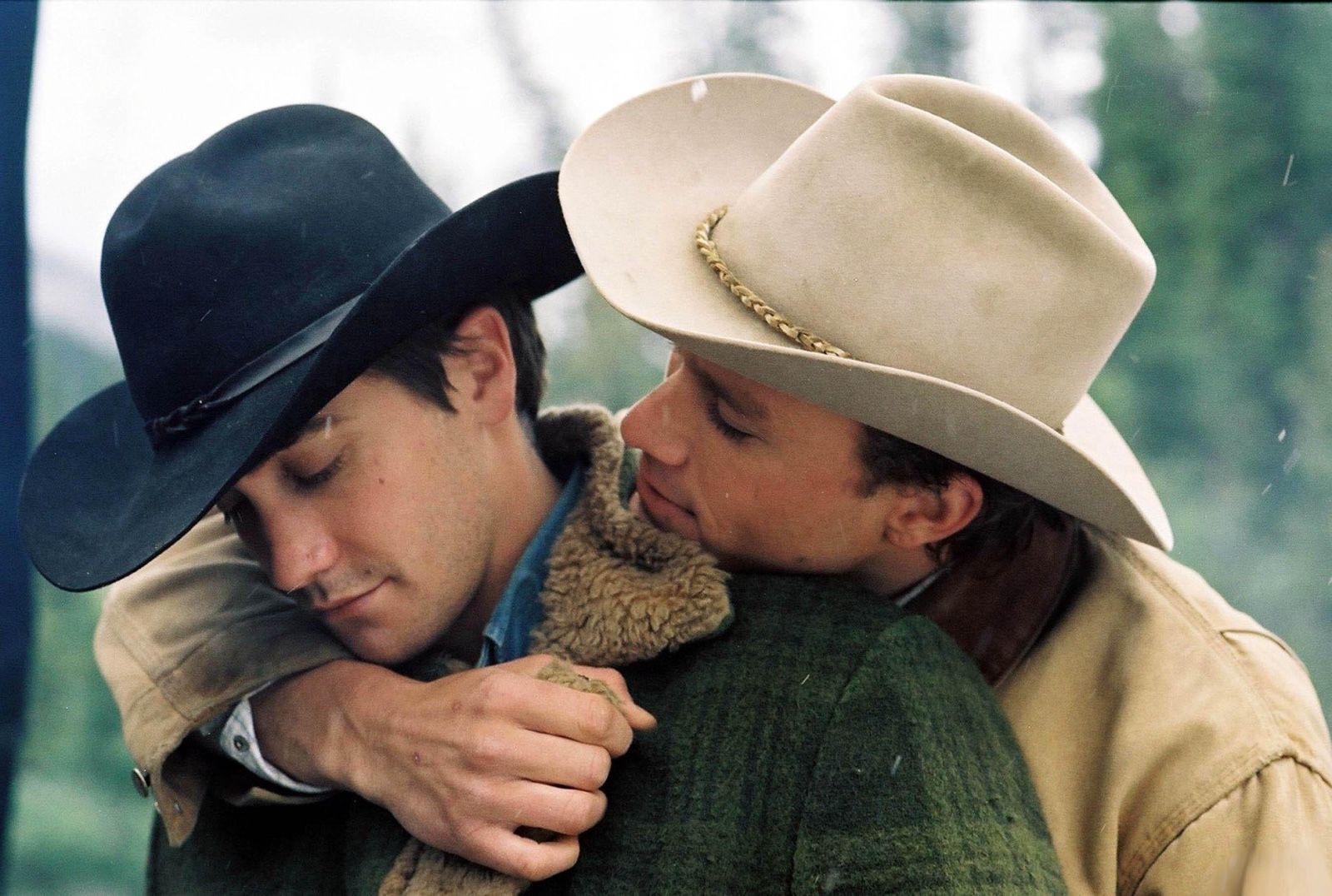 欧美同性恋电影_《断背山》作为早期同性恋电影,为什么会一直经典到现在?