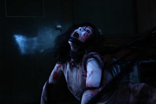 成年电影_《午夜凶铃》贞子成年,日本还有哪些值得一看的恐怖电影?