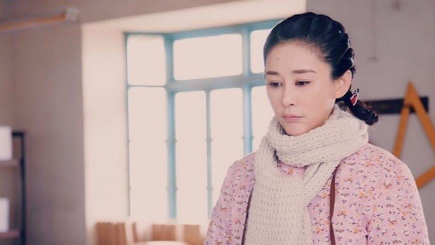 """52017年《娘親舅大》:地震殘忍奪走了佟程程的雙親,但給了她三個""""虎""""圖片"""