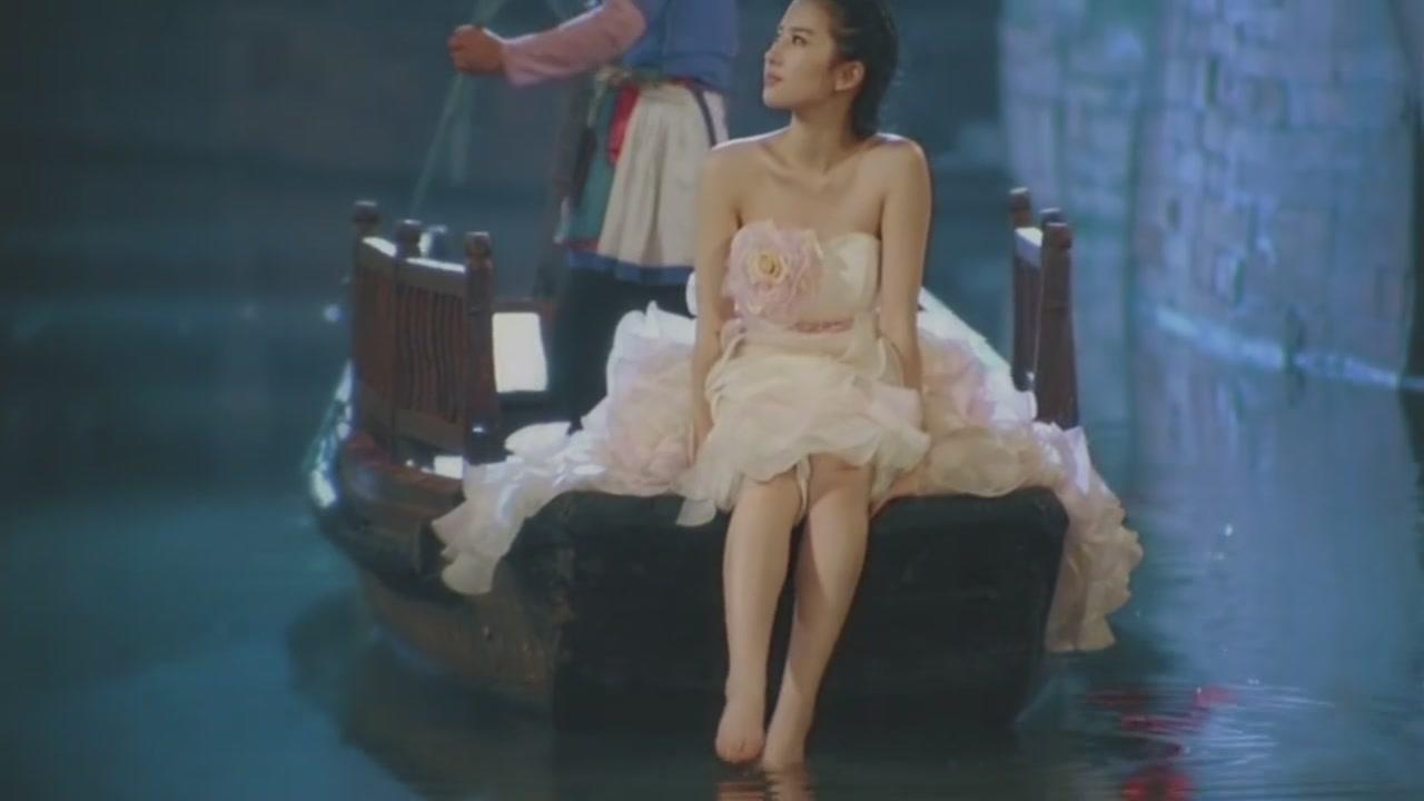 有刘亦菲的脚图片吗!_评论