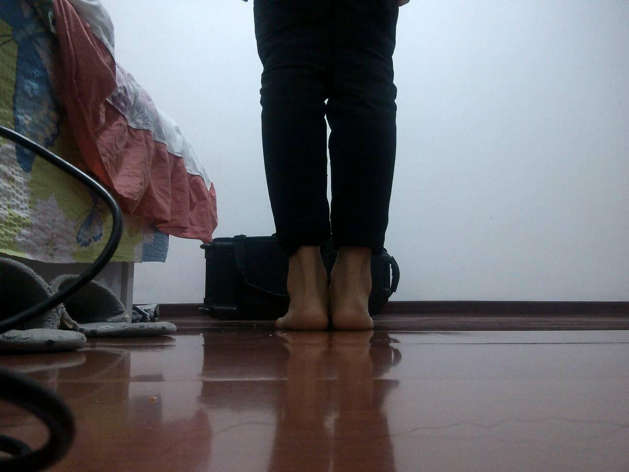 正常女生腿型_女生标准腿型图片_女生标准腿型图片下载