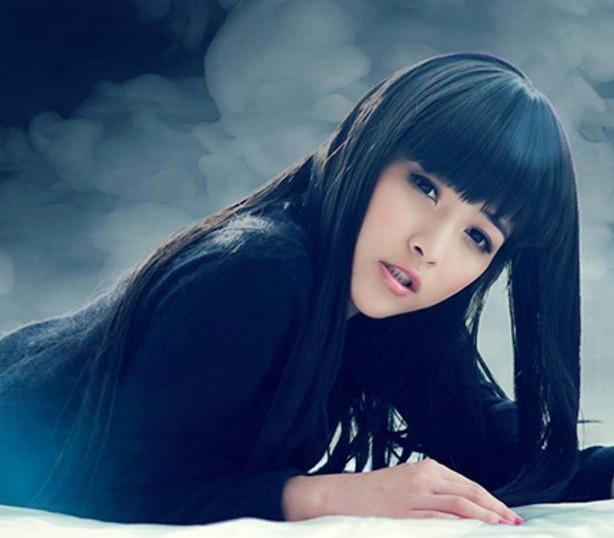 请问这位<em>齐刘海的美女</em>是谁啊?