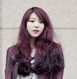 酒红棕色头发图_深紫色、葡萄紫、紫红色头发图片_百度知道