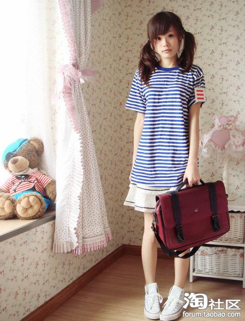 日本小学女生白丝_日本小学女生c罩杯》 小学 三年级下册英语》 小学 三图片