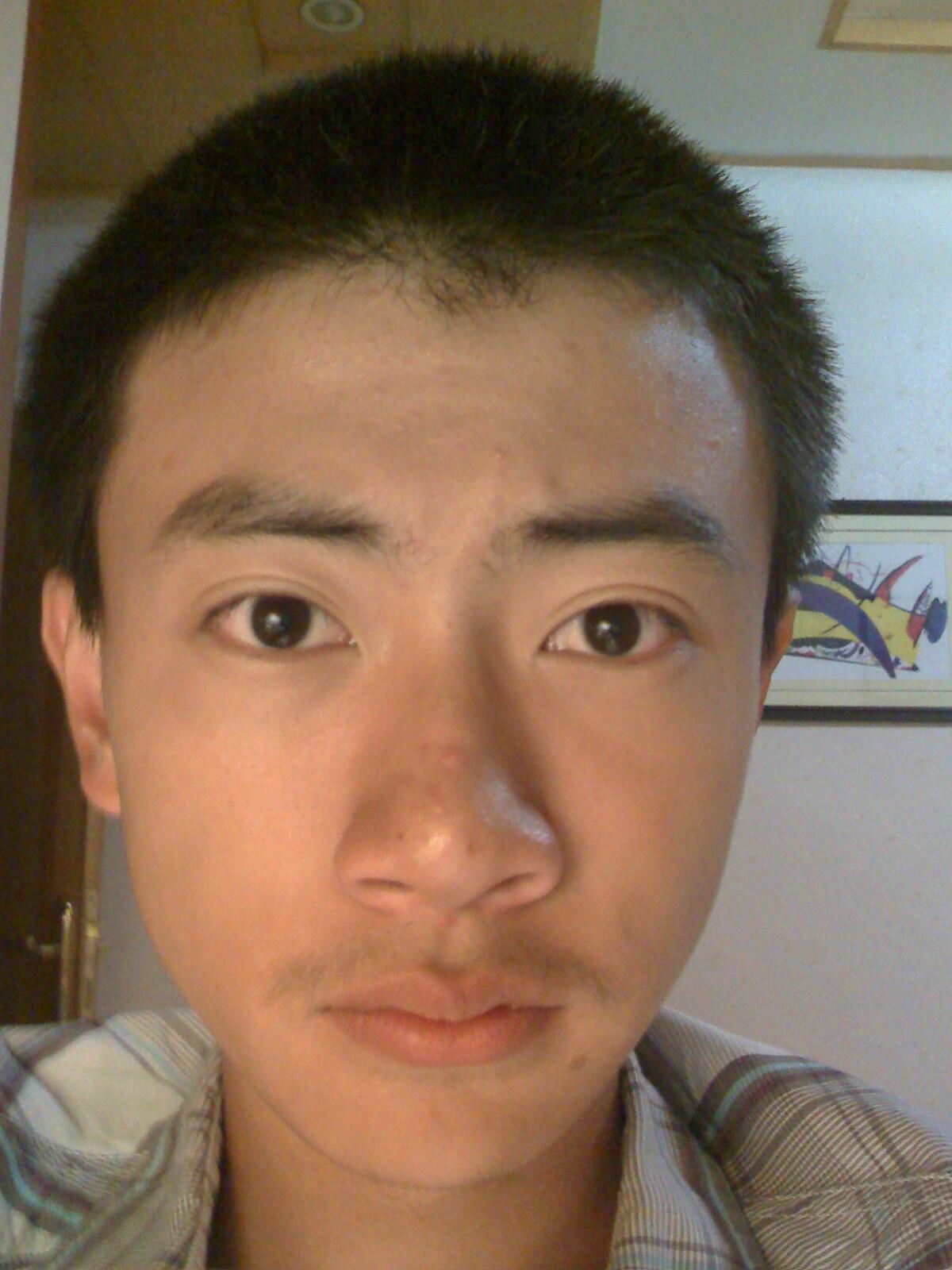 男士毛寸理发技巧_我是男生,请帮我设计发型_百度知道