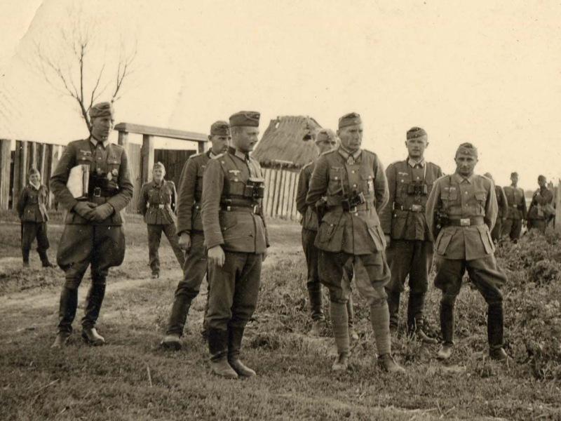 二战德军打日军_为何二战德军苏军都是穿长靴的 而不是和中国军队日军一样打 ...