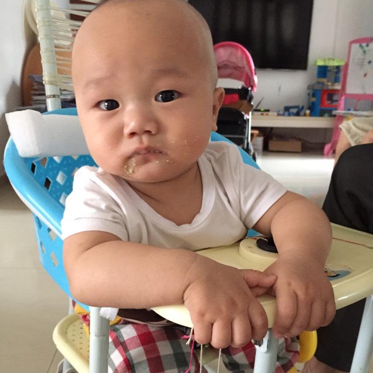 婴儿肋骨标准图_佝偻病有什么特精呀?图片