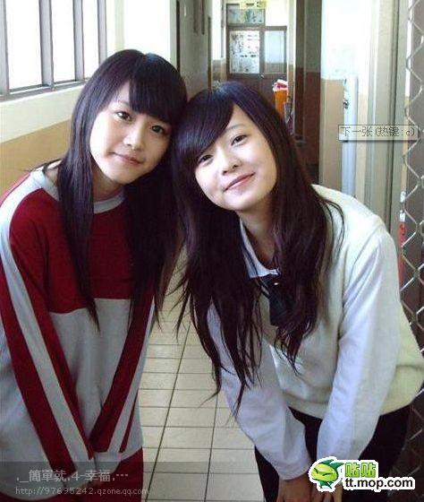 简廷芮的qq_陈玟予和简廷芮是不是高中同学_百度知道