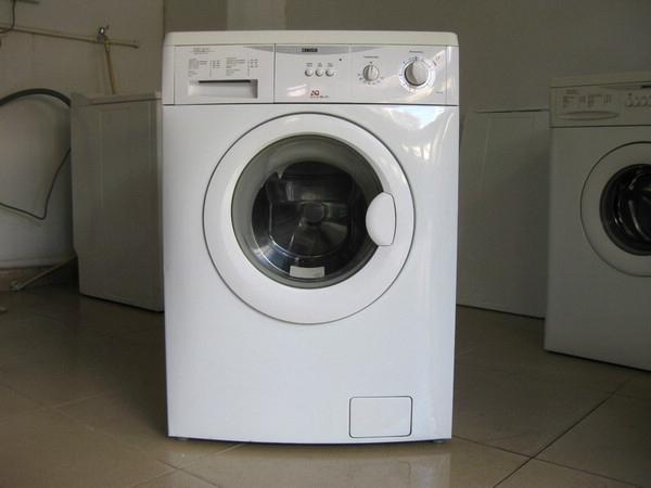 洗衣机地漏_洗衣机上排水和下排水哪种更好?_百度知道