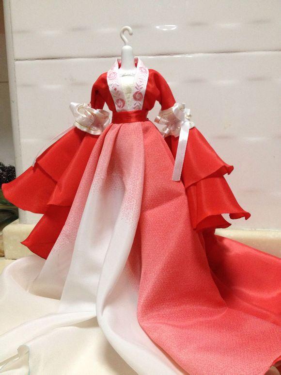 芭比娃娃衣服怎么做_做芭比娃娃古装衣服,希望有图片_百度知道