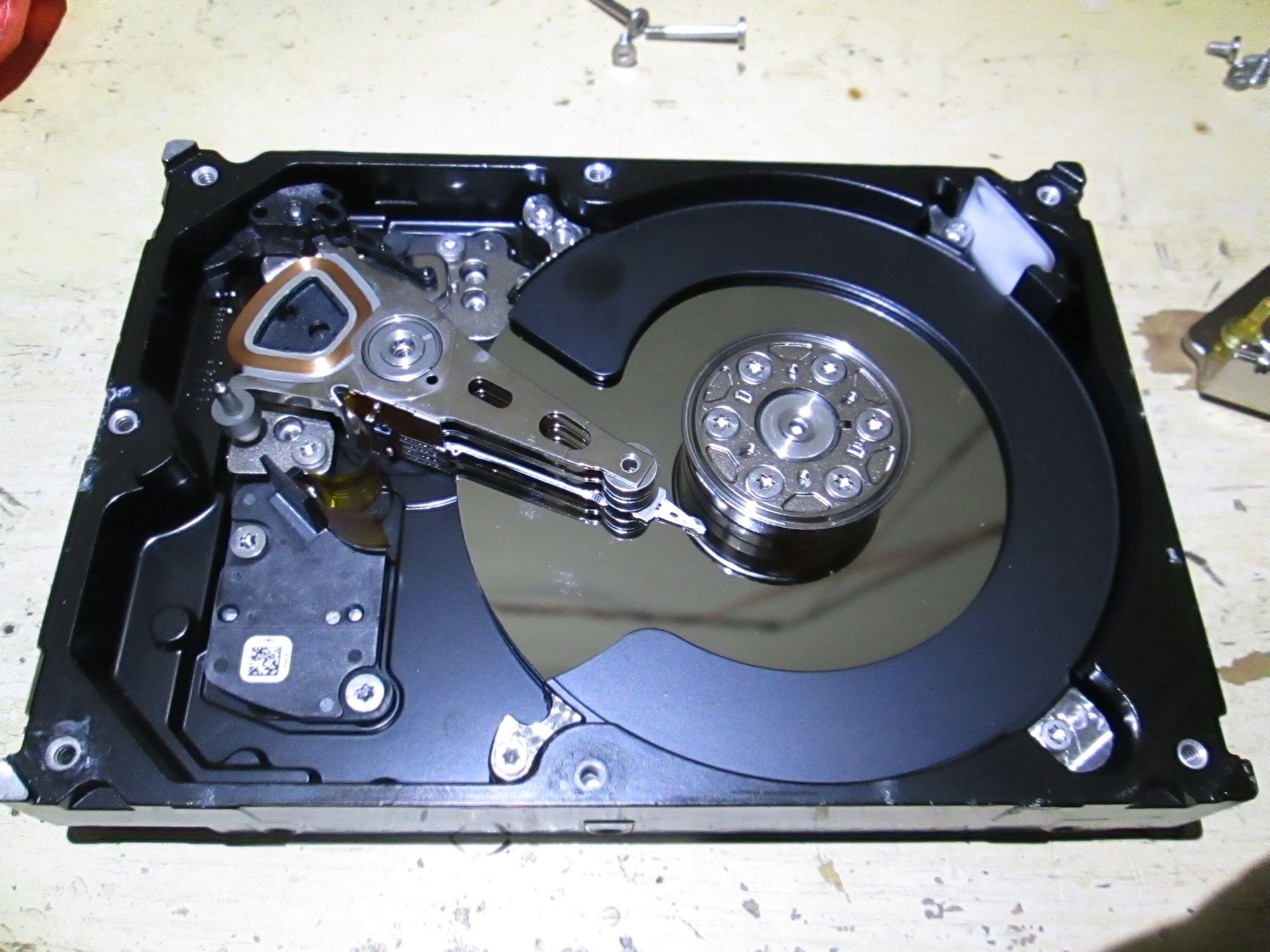 机械硬盘_希捷1tb机械硬盘故障了什么原因?