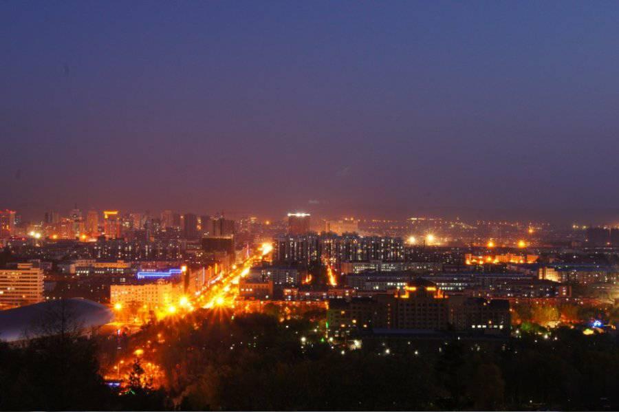 牡丹江_是从北山公园拍的!如今的牡丹江是繁华都市!灯火辉煌!