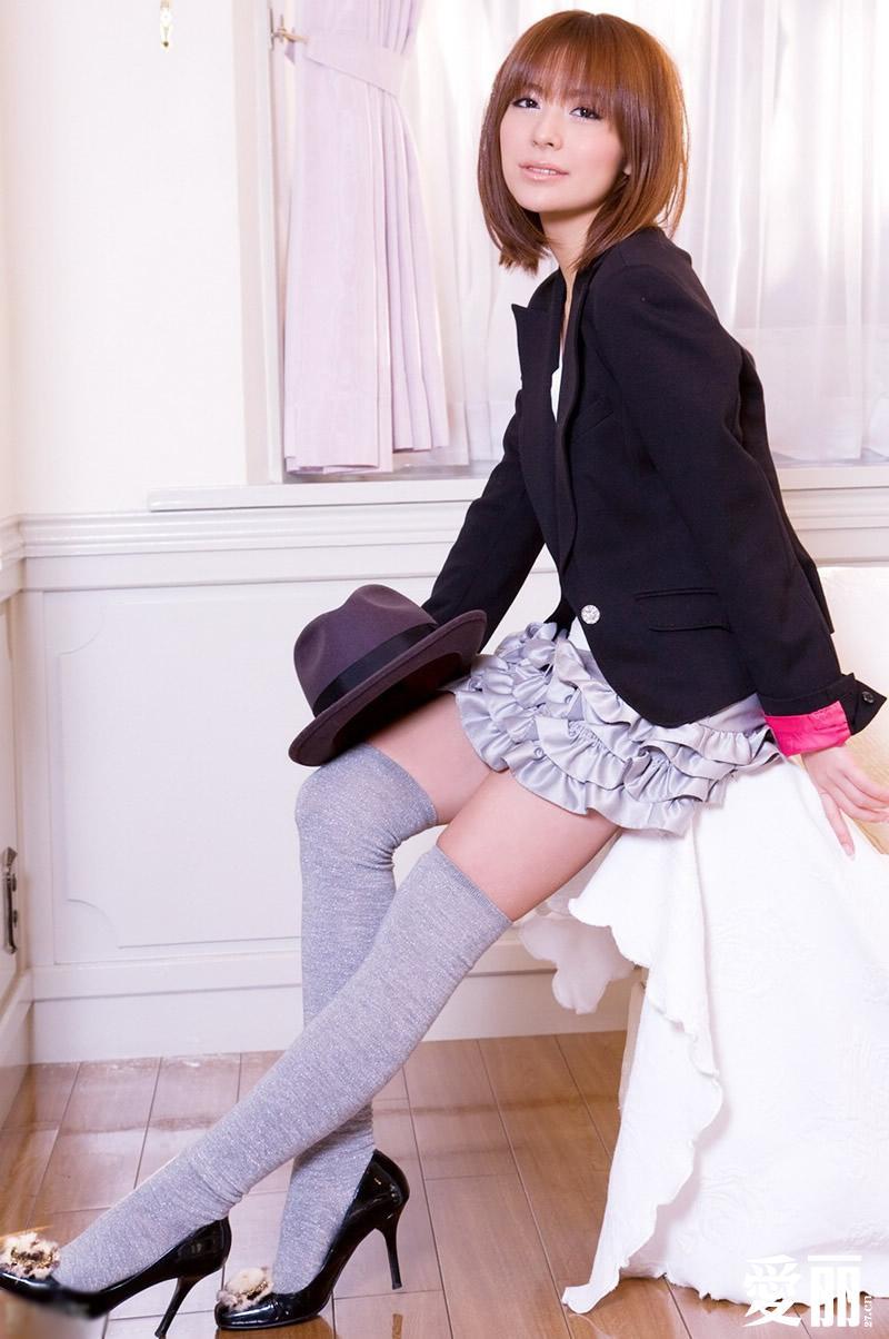 小女孩穿芭蕾紧身衣_漂亮白袜女孩吧-射小女孩小皮鞋吧 白袜-白袜学生服女孩 迷晕 ...