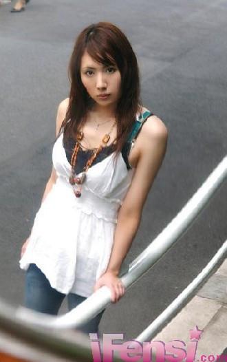 香山圣写真_就没一个人知道这女子的名字吗?跪求大神们